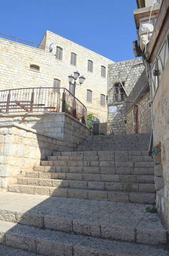 Tzfat stairs.jpg