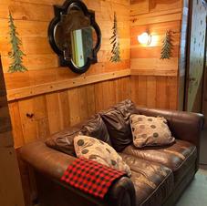 Snug Livingroom - New Floors and Water heater