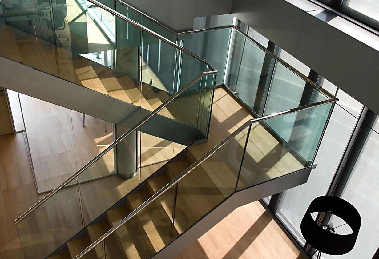 Oak Tread Riser Stairs