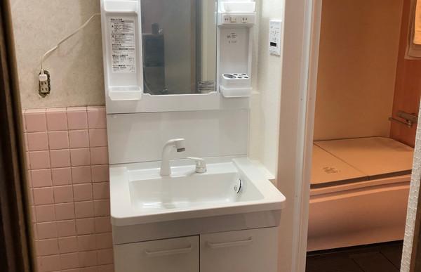 在来工法の浴室からユニットバスリフォーム+洗面化粧台