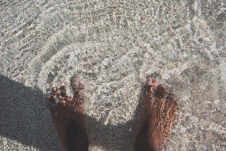 beach-feet.jpg