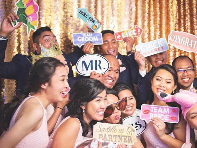 photo booth fun at wedding
