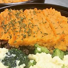 "Beef Shepherds Pie with ""Cheesy"" Broccoli"
