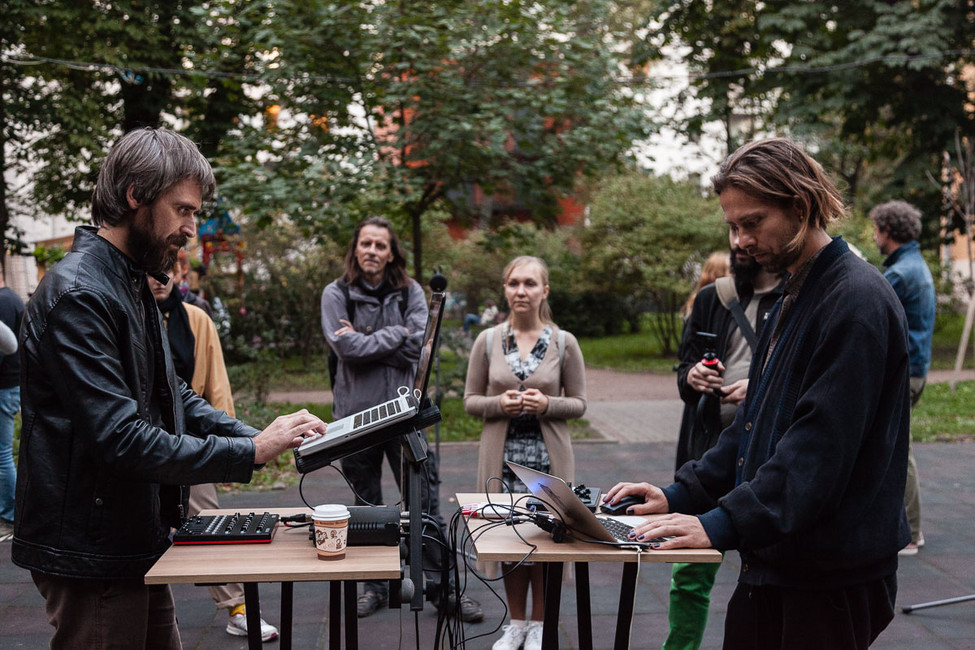 Sergey Filatov, Jacob Remin «Sound Sculpture Performance»