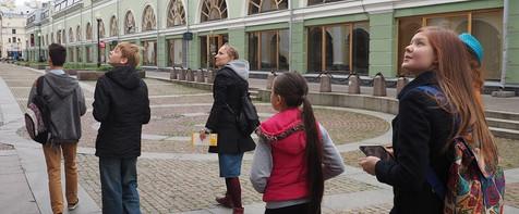 Anna Kurbatova, Irina Aksenova «Children Take Over The Streets» 
