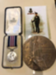 Military Medals and Books Bedford - Military Medal and Memorial Plaque to KRRC Rifleman J O Winch