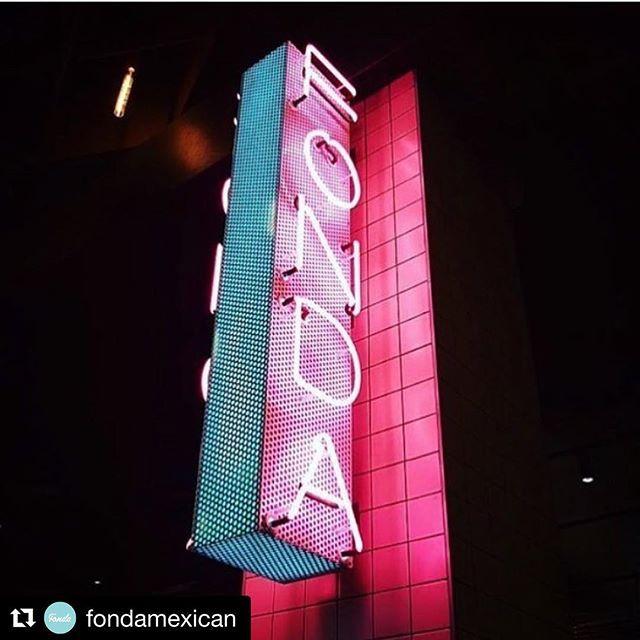 Fonda Mexican Neon Signage Melbourne.jpg