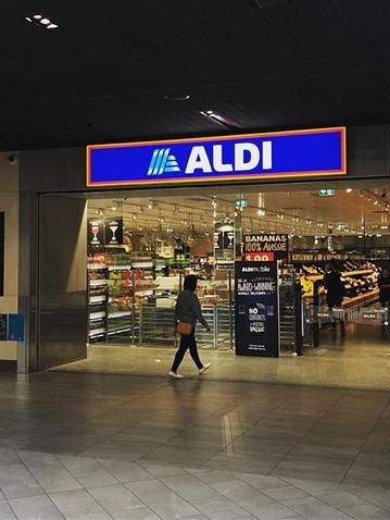 ALDI The Glen Illuminated Lightbox Signa