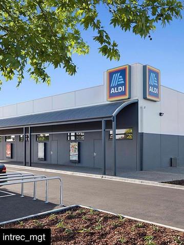 ALDI Building Signage Melbourne.jpg