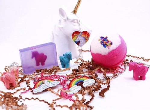 Kids Girls UNICORN Surprise Toy Inside Bath Bomb Fizzy & Body Wash Hand Soap Set