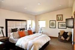 Bedroom 3004
