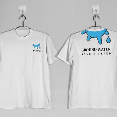 round-neck-tshirt-mockup-free-2-800x526p