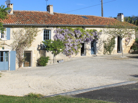 Booking a self catering holiday in Southwest France?