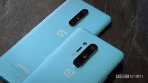 All OnePlus 8 & OnePlus 8 Pro Updates at One Place