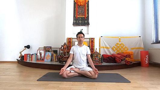 YOGA_POUR_TOUS_avec_courte_méditation.j