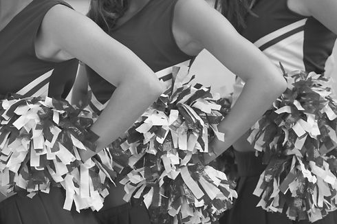 Cheer 1.jpg