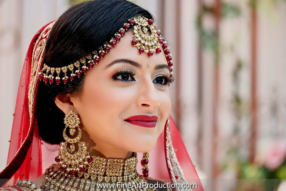 punjabi-bride-looking-away.jpg