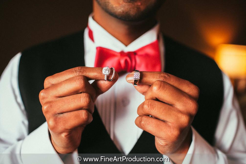 birdal-rings-groom