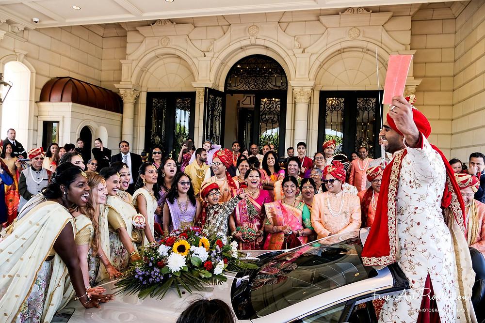 vidai-ceremony-gujarati-wedding-traditions-indian-wedding-video-candid-wedding-moments-captured-by-fine-art-production-chirali-amish-thakkar-the-legacy-castle-indian-wedding