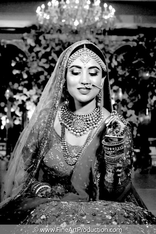 stylish-indian-bridal-pose-black-and-white-portrait