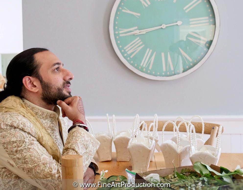 american-groom-waiting-for-cuban-bride