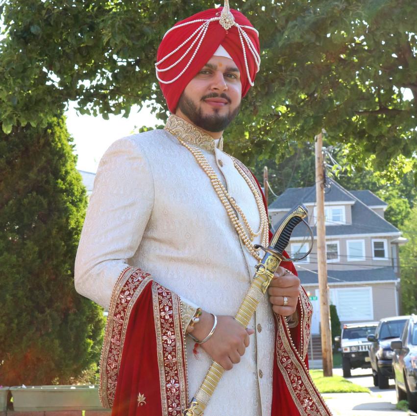 Indian-Wedding-Sangeet-Dashmesh-Darbar-Gurudwara-Fine-Art-Production_08