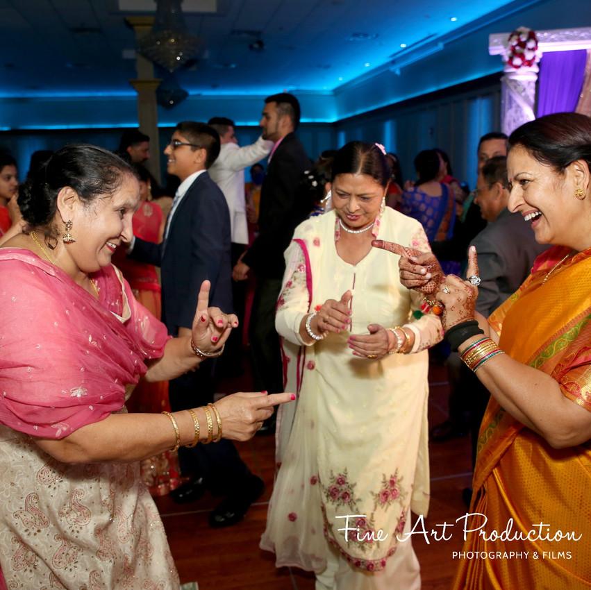 Indian-Wedding-Reception-Deewan-Fine-Art-Production_39