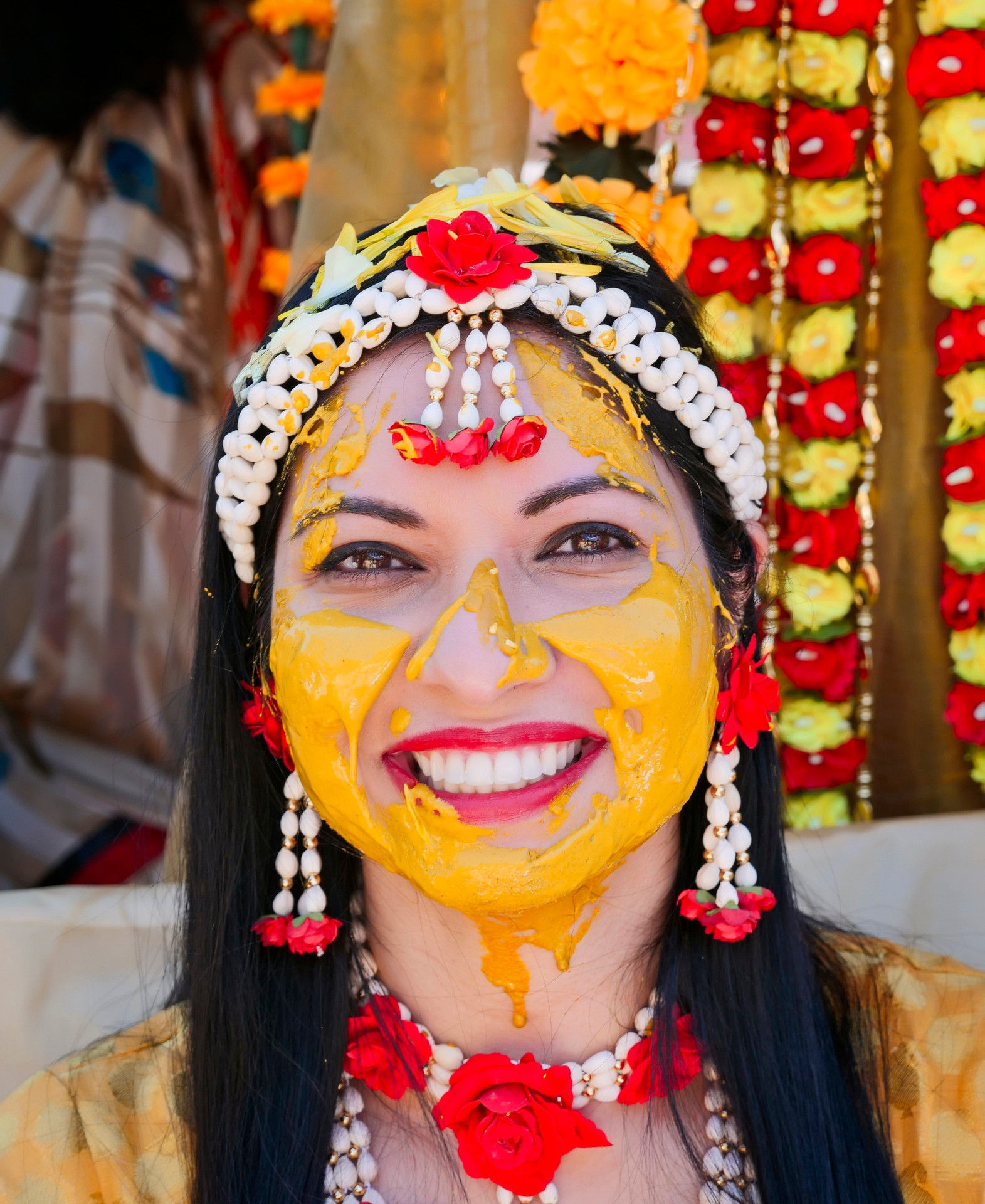 pithi-haldi-gujarati-wedding-ceremony_05