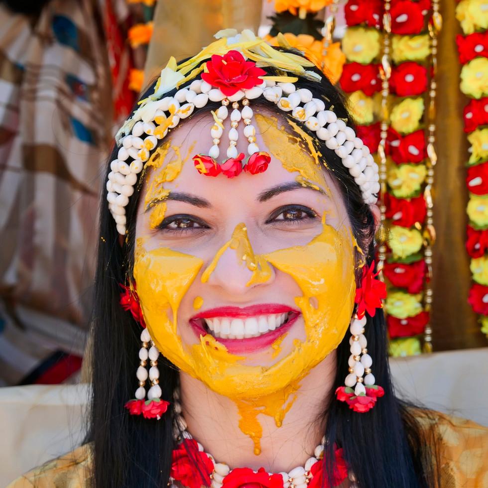 pithi-haldi-gujarati-wedding-ceremony_05