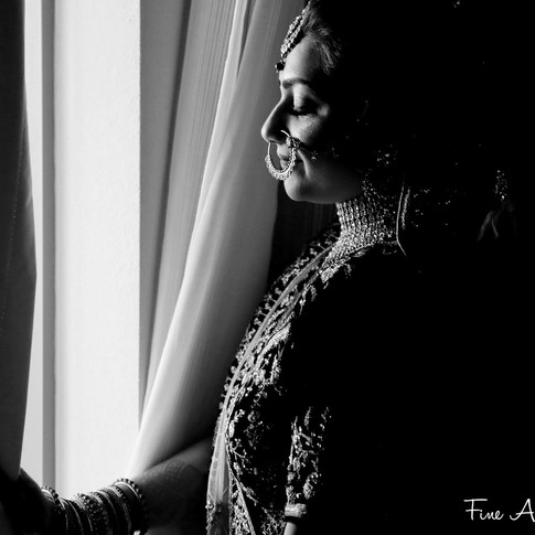 indian-bride-getting-ready-pictures_196.
