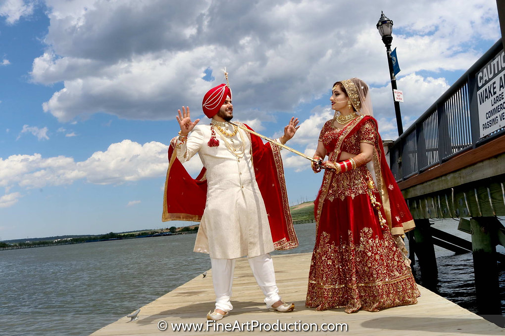 sikh-wedding-couple-portrait-nj_1.jpg