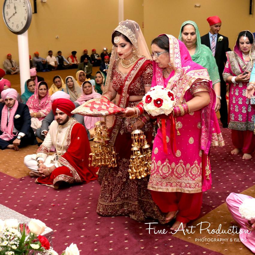 Indian-Wedding-Sangeet-Dashmesh-Darbar-Gurudwara-Fine-Art-Production_39