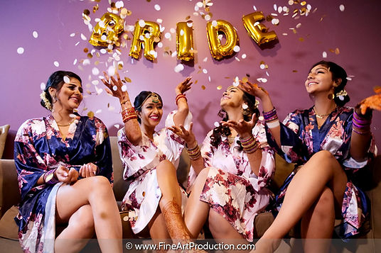 bride-party-getting-ready-pictures