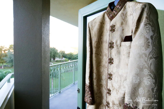 indian-groom-outfit