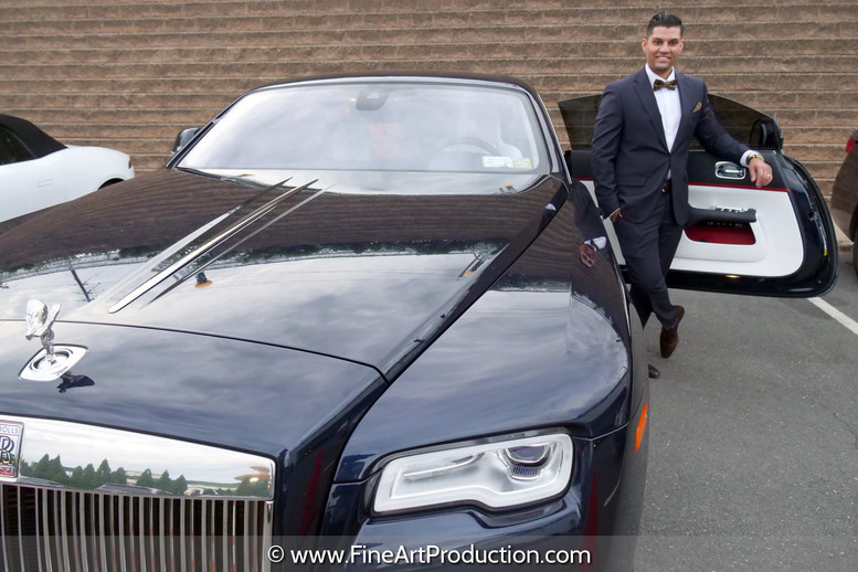 indian-groom-portrait-with-rolceroyce-car