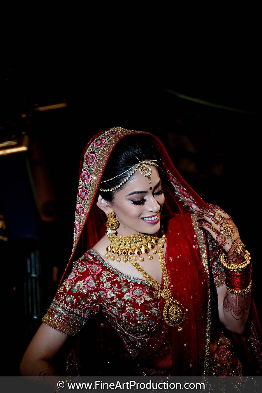artistic-lighting-bridal-portrait.jpg