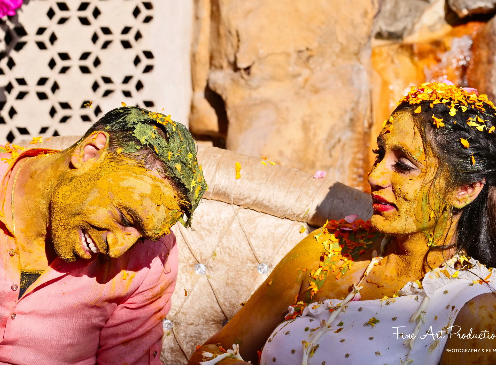 pithi-haldi-gujarati-wedding-ceremony_01