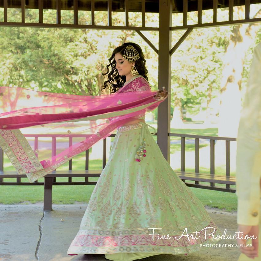 Indian-Wedding-Sangeet-Deewan-Fine-Art-Production_04