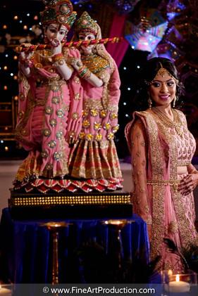 radha-krishna-decor-indian-bride-portrit