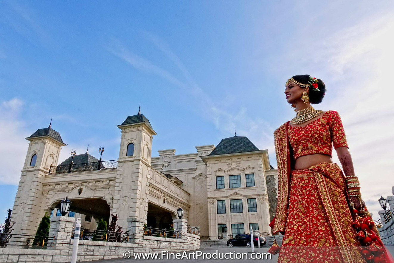 bride-walking-for-first-look-legacy-castle