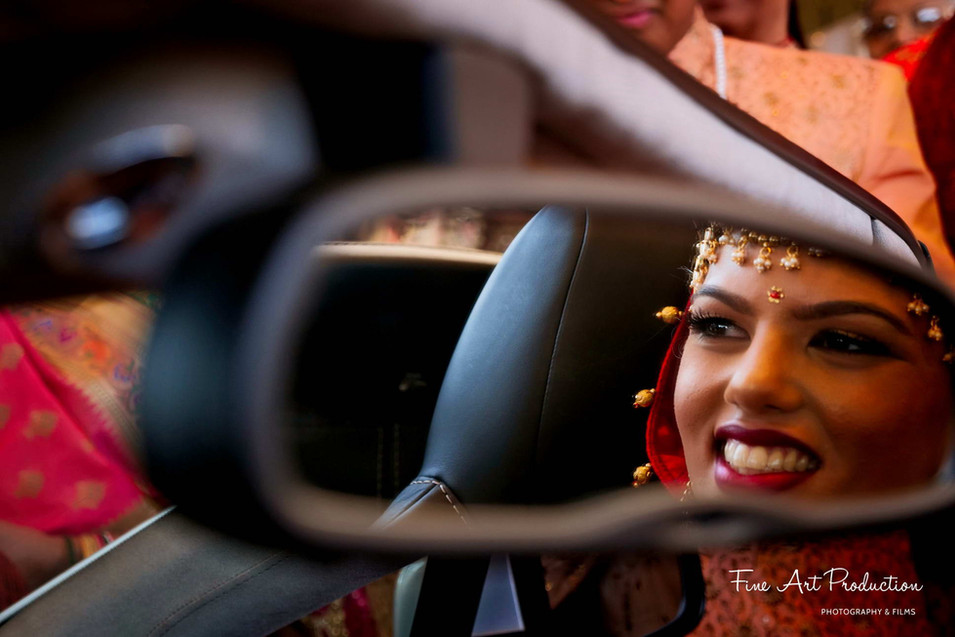 what-is-candid-wedding-photography
