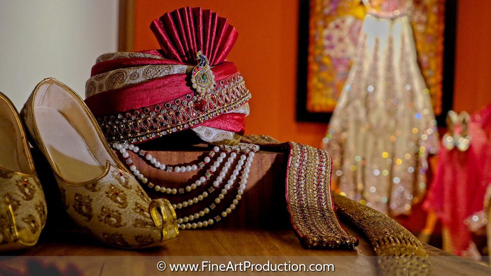bride-groom-getting-ready-photos