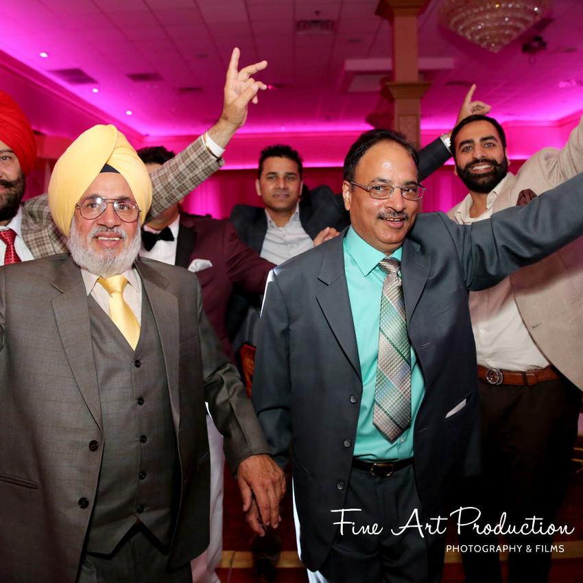 Indian-Wedding-Reception-Deewan-Fine-Art-Production_31
