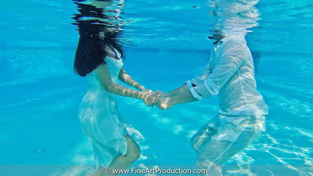 underwater-wedding-photography