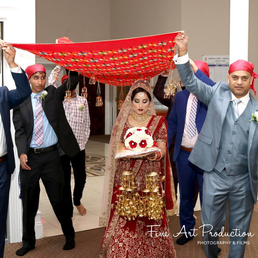 Indian-Wedding-Sangeet-Dashmesh-Darbar-Gurudwara-Fine-Art-Production_37