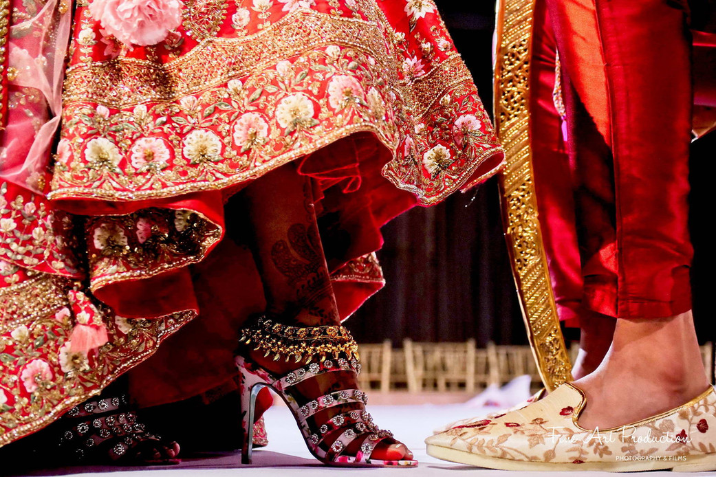 bride-and-groom-shoes-indian-wedding