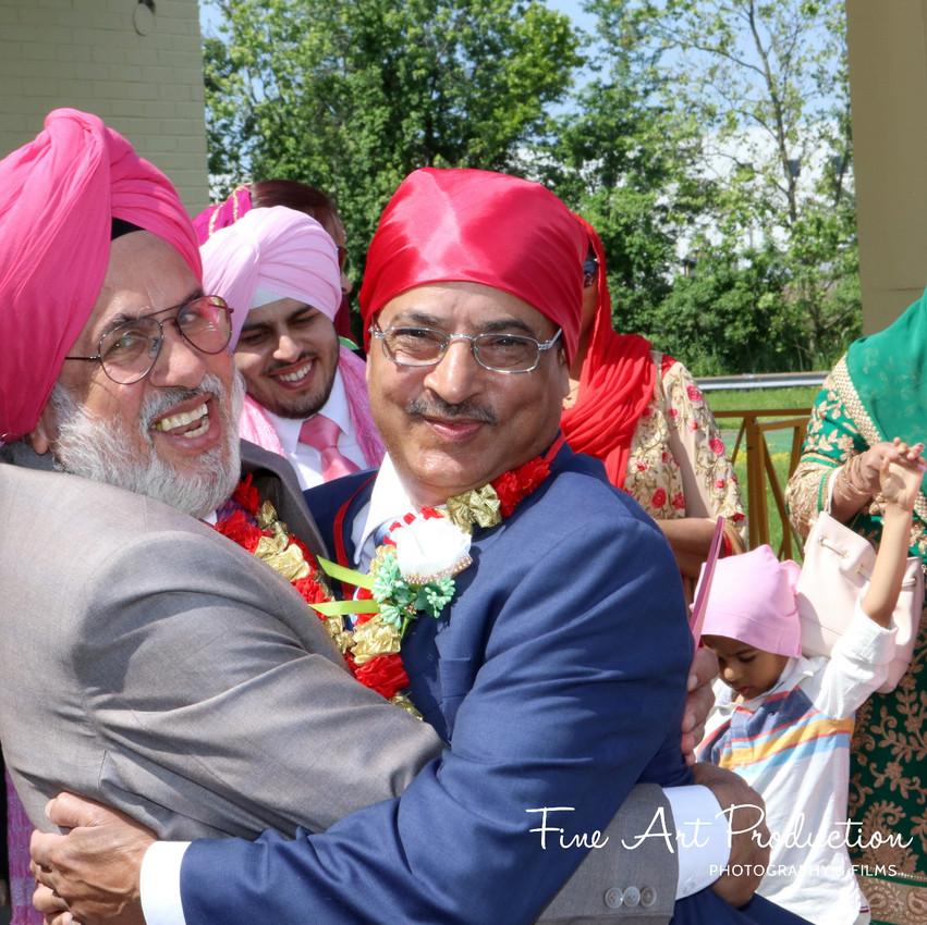 Indian-Wedding-Sangeet-Dashmesh-Darbar-Gurudwara-Fine-Art-Production_23