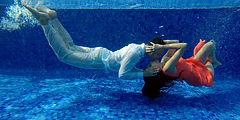 under-water indian-bridal-photo-shoot.jp