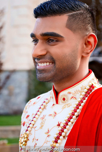 indian-groom-sapan-waiting-for-bride