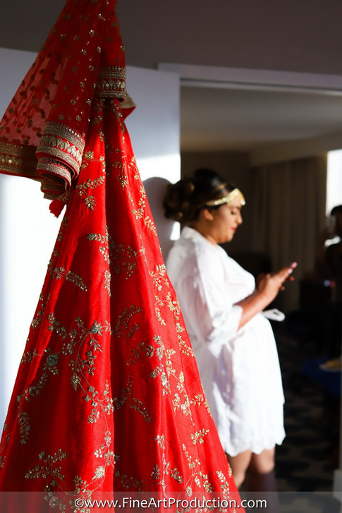 designer indian wedding dresses_13.JPG